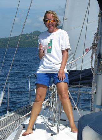 Womens sailing on Yacht Ibis